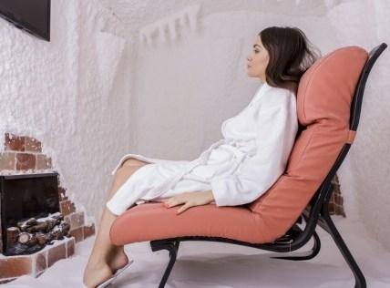 Samo 320 din PAKET 5 tretmana po 20 min u slanoj sobi u kombinaciji sa saunom u studiju Hedona! Idealna kombinacija za Vaše zdra