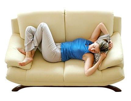 Samo 1.400 din za dubinsko pranje nameštaja: trosed + dvosed + fotelja + 6 stolica - tepih servis Fedeks!