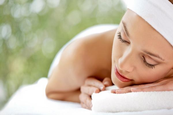 Samo 450 din AROMATERAPIJSKA relax masaža u trajanju od 30min u centru lepote HREN na Obilićevom vencu!