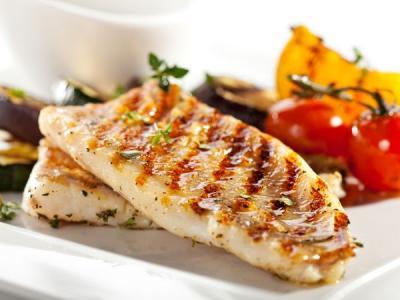 Samo 590 din ŠARAN za dvoje - šnicle na roštilju, krompir salata ili prebranac + 2 riblje čorbe, Dunavska priča u Zemunu!