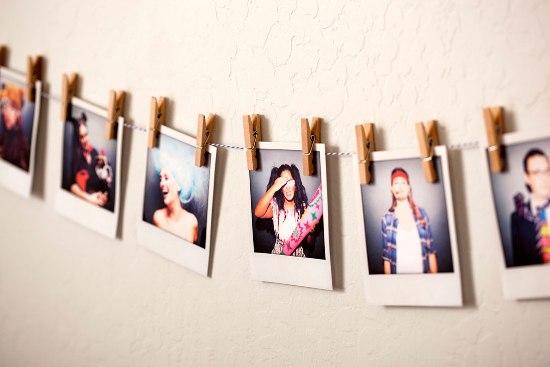 Samo 450 din izrada fotografija u RETRO (POLAROID) stilu, foto Mauricius! 10 fotografija (10x11cm), 10 štipaljkica i kanap!