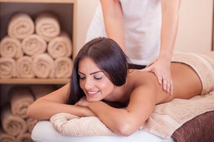 Samo 390 din medicinska masaža leđa za oba pola (30 min) +  tretman UV infrared lampom za bolove, Vanila 55!