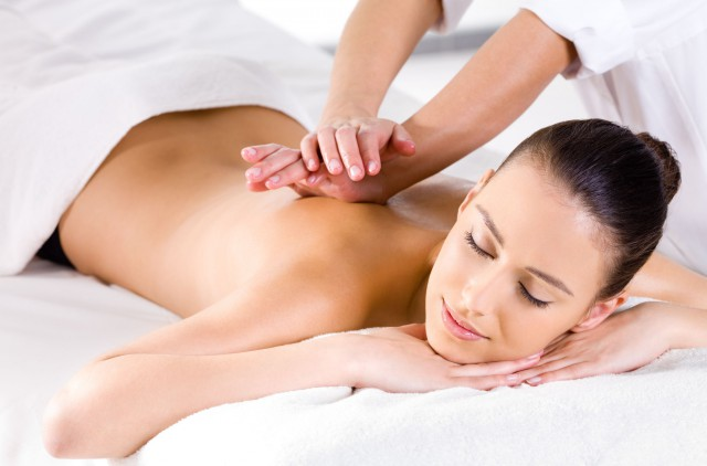 Samo 690 din SPA LUX masažni tretman 70 min (50 min relaks celog tela + 20 min glava, lice i dekolte) LUX studio G SPA, centar!